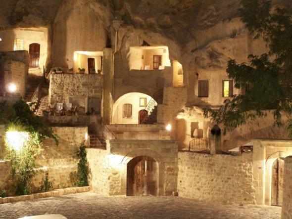 building-inside-cave-3