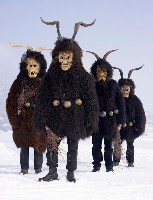 european-pagan-rituals-costumes-13
