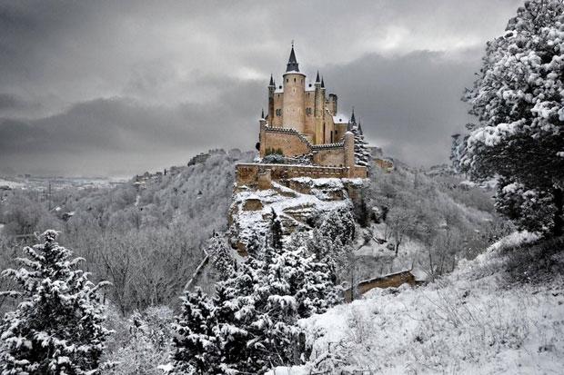 Alcazar-Caste-in-Segovia-Spain